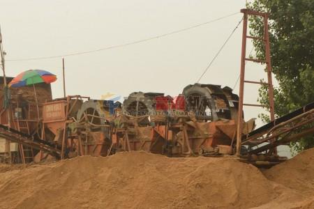 辽宁葫芦岛筛分水洗一体三轮洗砂机生产线图